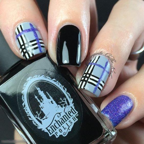 Plaid Nail Art Design