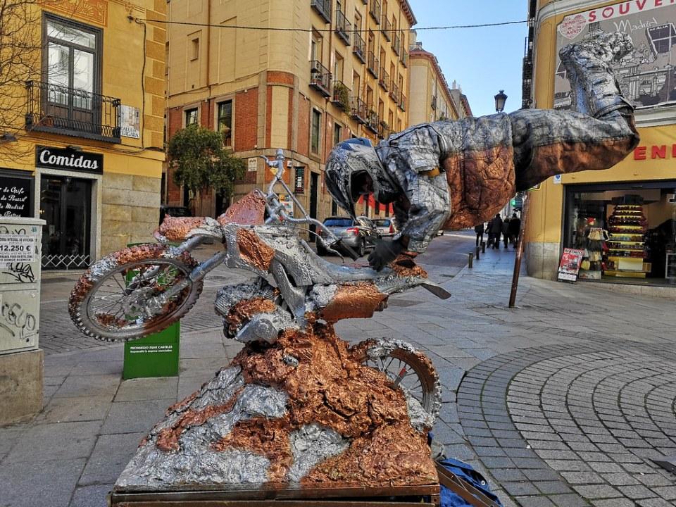 Mimo en las calles de Madrid 01