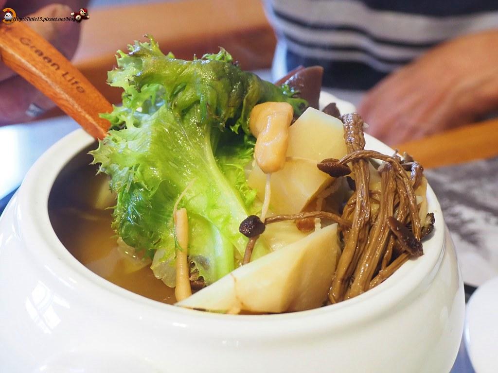 食蔬茶齋蔬果料理 臺南蔬食餐廳推薦 @ 啾啾老闆!來一份雞屁股! :: 痞客邦