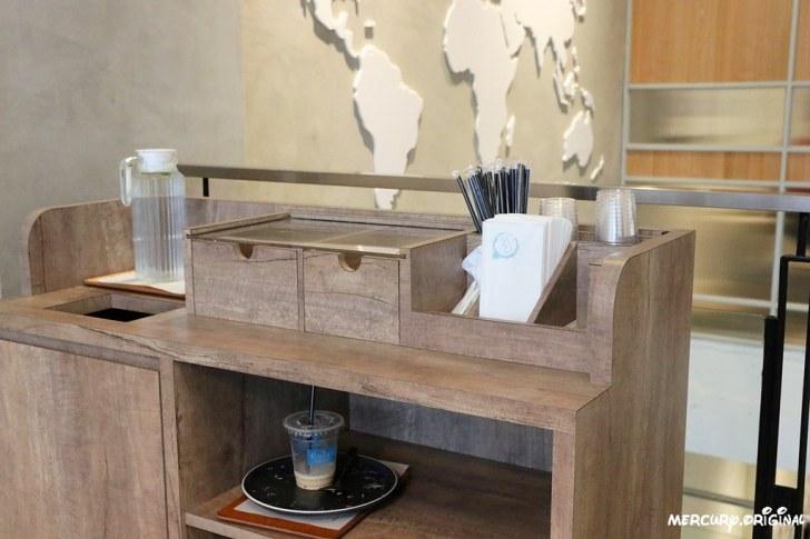 31973643057 4bc37c0071 b - 熱血採訪 台中奎克咖啡,網美最愛北歐風質感裝潢,推薦必喝冰滴咖啡