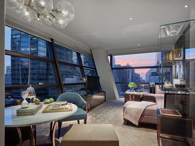 RWBKK_Manor Suite_Living Room 2