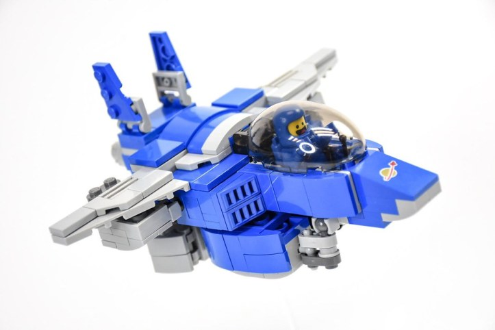 Benny's Marcoss spaceship spaceship spaceship! This time I created Benny's spaceship based on the style of Macross. It can be fully transformed into Jet, Walker and Robot mode. Hope you all like it. # #legomovie #legomoc #macross