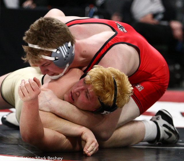 285AAA 1st Place Match - Bryce Benhart (Lakeville North) 34-0 won by decision over Marco Cavallaro (East Ridge) 36-5 (Dec 7-0) - 190302bmk0404
