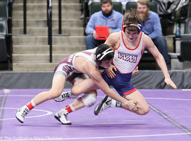113AA 5th Place Match - Austin Gabbert (Watertown Mayer-Mayer Luth.) 36-3 won by major decision over Yim-Leej Yang (St Paul Johnson) 38-9 (MD 12-4). 190302BMC3600