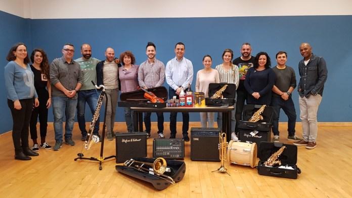 Las Escuelas Artísticas Municipales 'Ciudad de Guía' amplían y mejoran su material instrumental