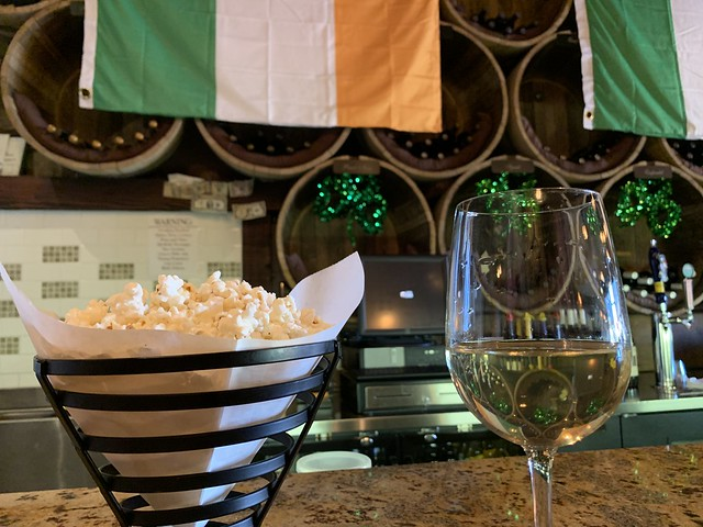 I started my weekend with wine and garlic parmesan popcorn