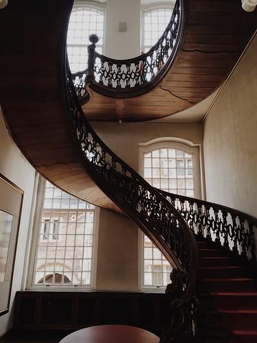 Escalera Ayuntamiento
