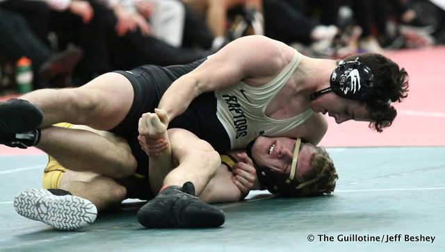 170 - Sam Tollison (East Ridge) over Nickolas Mikula (Northfield) Maj 17-3. 190105AJF0170
