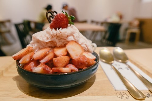 Strawberry shaved snow @ 花藏雪, Shilin Night Market