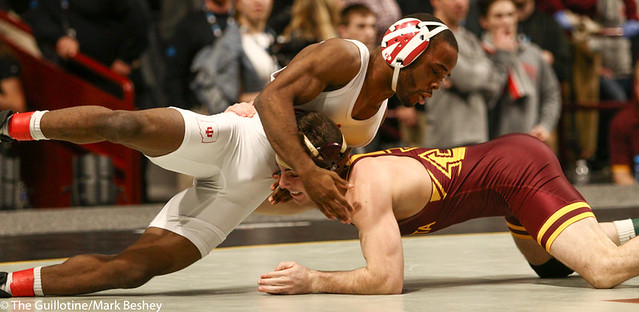 3rd Place Match - Sean Russell (Minnesota) 26-4 won by decision over Elijah Oliver (Indiana) 28-16 (Dec 6-0) - 190310dmk0003