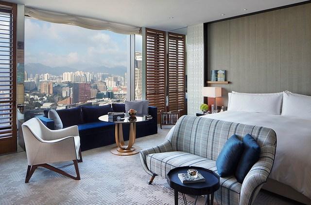 RWHKG_Kowloon Peak View King Room (Daylight)