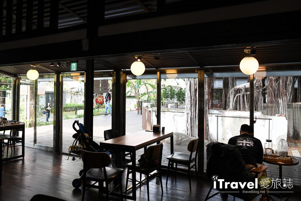 台中咖啡廳推薦 幸卉文學咖啡 (29)