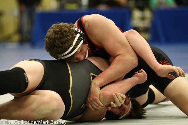 195 - Joey Johnson (Shakopee) over Kane Schmidt (Bettendorf) Fall 2:24 - 180104amkamk0027