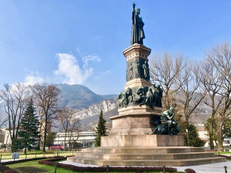 Itinerario di Trento - Monumento a Dante