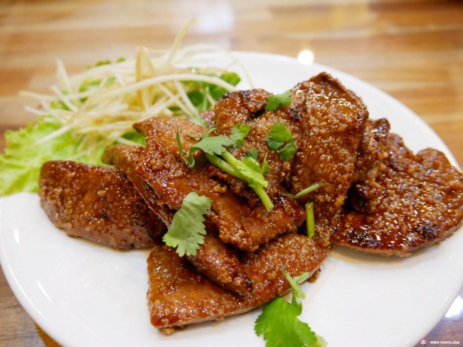 [桃園美食]東南小館|後火車站建國路上的平價熱炒店~內用白飯吃到飽 @VIVIYU小世界