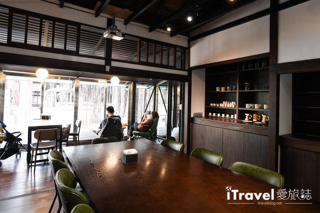 台中咖啡廳推薦 幸卉文學咖啡 (25)
