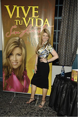 "Maria Marin - Vive tu Vida • <a style=""font-size:0.8em;"" href=""http://www.flickr.com/photos/88683916@N03/8091034280/"" target=""_blank"">View on Flickr</a>"