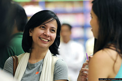 From bin Laden to Facebook by Maria Ressa : Bo...