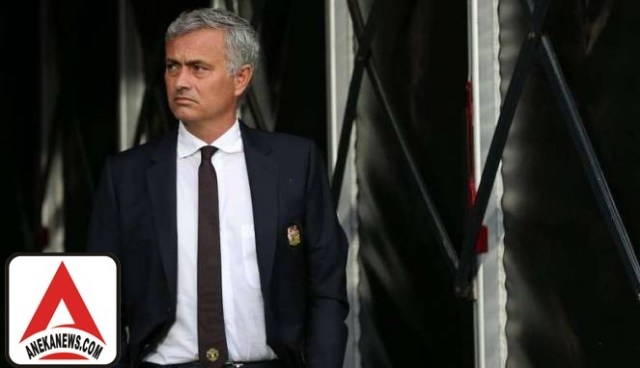 #Bola: Pekerjaan Terbengkalai, Mourinho Malah Minta Supir Pribadi