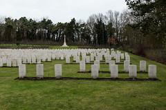 Coxyde - Février 2013 - Cimetière Militaire