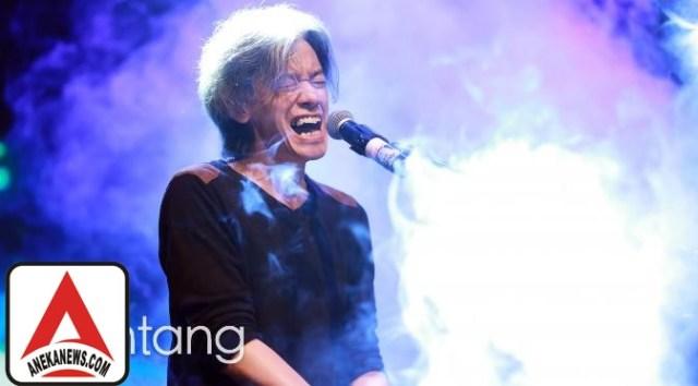 #Gosip Top :Penyanyi 90an: Fariz RM, Musisi Jenius di Balik Lagu 'Sakura'