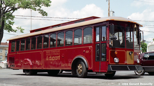 bus trolley dupont autobus seighseeing (Photo: Gerard Donnelly on Flickr)