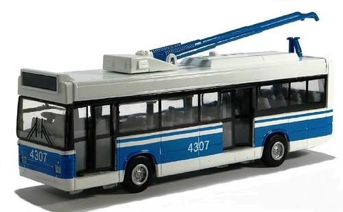 Techno Park filobus russo (1)