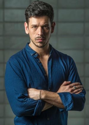 João Vicente de Castro estreia nas novelas como vilão invejoso