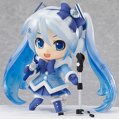 """Nendoroid Snow Miku 2012 Fluffy Coat Ver • <a style=""""font-size:0.8em;"""" href=""""http://www.flickr.com/photos/66379360@N02/7460038716/"""" target=""""_blank"""">View on Flickr</a>"""