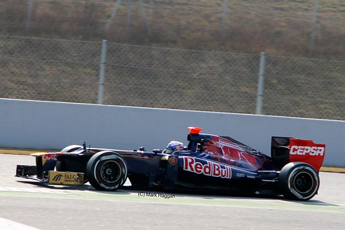 Daniel Ricciardo in his Toro Rosso in Winter Testing, Circuit de Catalunya, March 2012