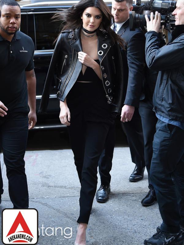 #Gosip Top :Kendall Jenner, Supermodel yang Punya Banyak Masalah