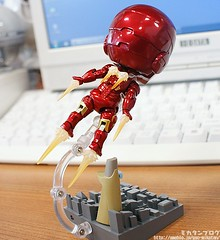 """iron_man_nendoroid_02 • <a style=""""font-size:0.8em;"""" href=""""http://www.flickr.com/photos/66379360@N02/8120136026/"""" target=""""_blank"""">View on Flickr</a>"""