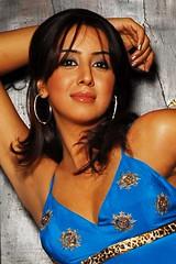 South Actress SANJJANAA Photos Set-4 (16)