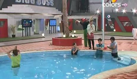 Bigg Boss contestants in water