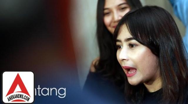 #Gosip Top :4 Hari Tayang, Film Prilly Latuconsina Rengkuh 22 Ribu Penonton
