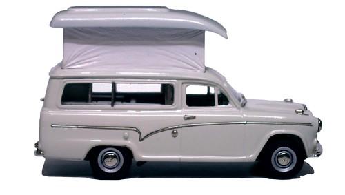 Lansdowne Austin 60 caravan (2)