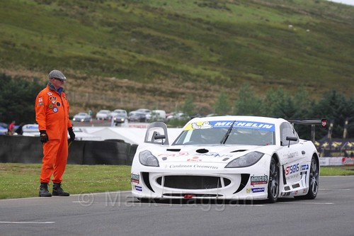 Mark Davies on the grid in the Ginetta GT4 Supercup at the BTCC Knockhill Weekend 2016