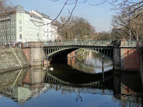 Die Admiralbrücke