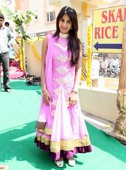 South Actress SANJJANAA Photos Set-11 (1)