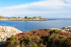 "GHW Bush's Kennebunkport Compound • <a style=""font-size:0.8em;"" href=""http://www.flickr.com/photos/19514857@N00/15777302205/"" target=""_blank"">View on Flickr</a>"