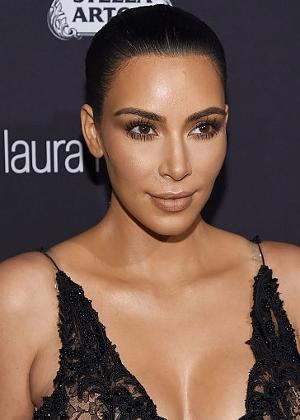 Kim Kardashian reforça segurança com carro blindado e ex-agentes da CIA