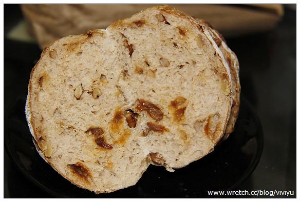 [大溪.美食]愚樵窯烤麵包坊~羅馬窯烤麵包.限量供應 @VIVIYU小世界