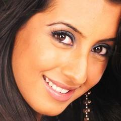 South Actress SANJJANAA Photos Set-7 (63)