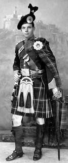 Old Photograph Scotsman In A Kilt Edinburgh Sc...