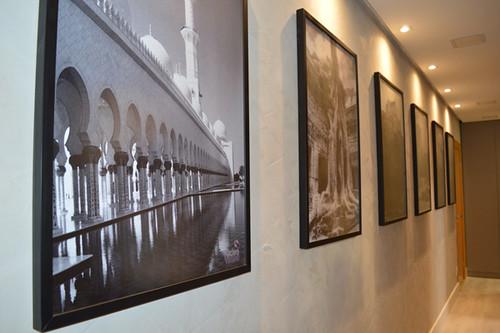 As fotos são lembranças de viagens, feitas pela própria Cybelle