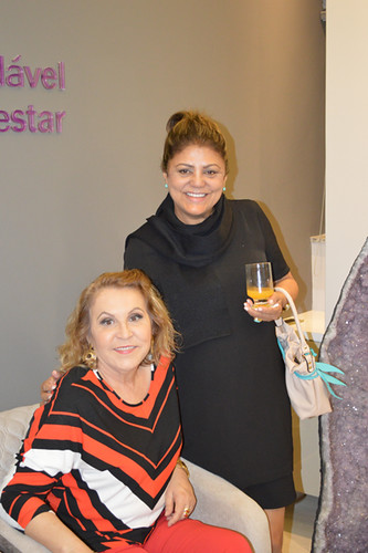 Amélia Maria da Penha e Sheila Oliveira