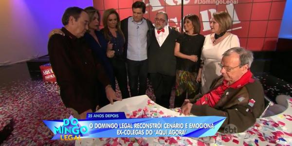 """Emocionado, Gil Gomes reencontra colegas do programa policial """"Aqui Agora"""""""
