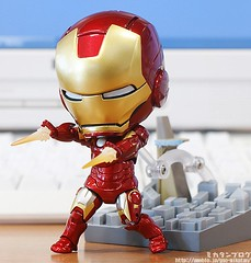 """iron_man_nendoroid_03 • <a style=""""font-size:0.8em;"""" href=""""http://www.flickr.com/photos/66379360@N02/8120122939/"""" target=""""_blank"""">View on Flickr</a>"""