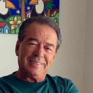 Morre aos 75 anos, nos EUA, o jornalista Eliakim Araújo