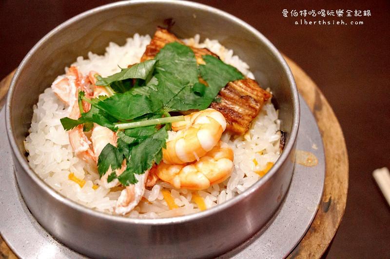 奈良必吃美食小吃餐廳懶人包(大佛布丁、中谷堂麻糬以及柿葉壽司)